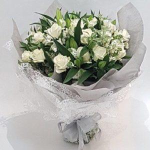 Pure Elegance – Valentine Flowers